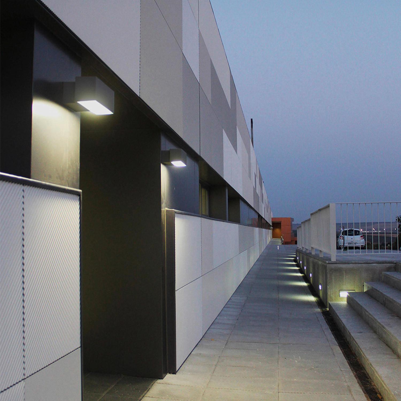 Aplique LED Afrodita Doble Cara 17,5W IP65 Gris Urbano LEDS-C4 05-9911-Z5-CL